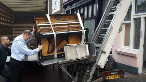Piano transport trap extern